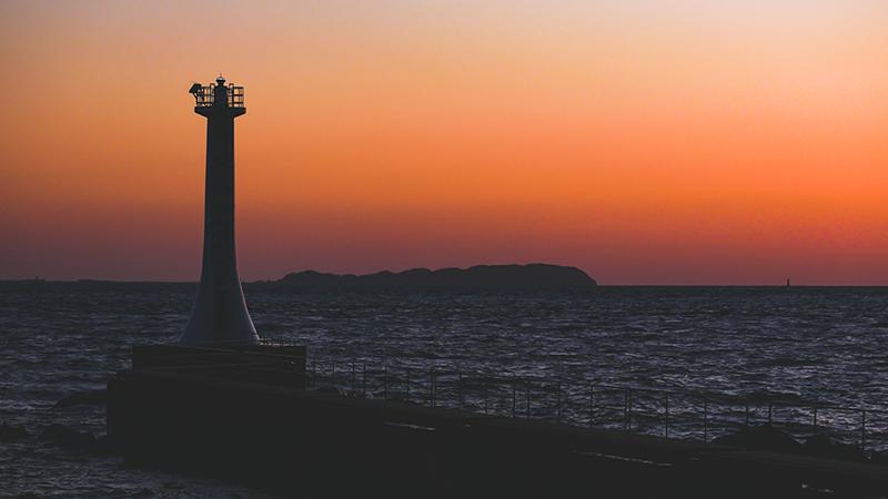 山口英幸「瀬詰崎の夕日」